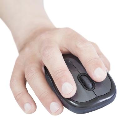 白い背景に分離されたコンピューターのマウスを手します。