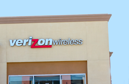 SACRAMENTO, USA - SEPTEMBER 13: Verizon wireless store on September 13, 2013 in Sacramento, California. Verizon is an American broadband and telecommunications company. Sajtókép