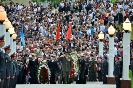 SOCHI, RUSSIA - MAY 9: Townspeople and veterans lay flowers at Victory Monument during the celebration of Victory Day on May 9, 2012 in Sochi, Russia Stock Photo - 17355644