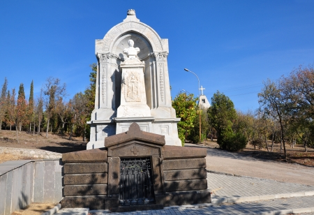brethren: SEVASTOPOL, UKRAINE - OCTOBER 6: Tomb of Count Eduard Totleben in the Brethren Cemetery on October 6, 201 in Sevastopol, Ukraine. He died in 1884 in Germany