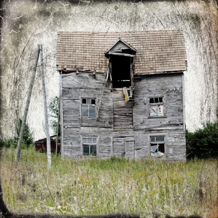 spooky: Old abandoned house in the middle of nowhere. Added scratches and vintage frame.