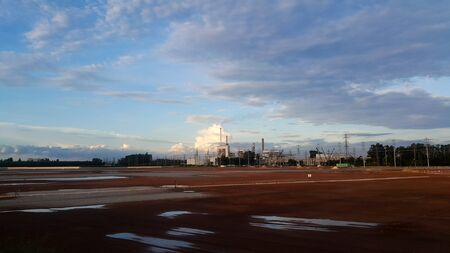 Beautiful blue sky with cloud over the factory 版權商用圖片
