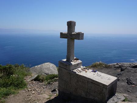 Stenen kruis bij Kaap Finisterre Stockfoto