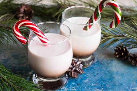 Homemade Irish cream cocktail for the new year Imagens