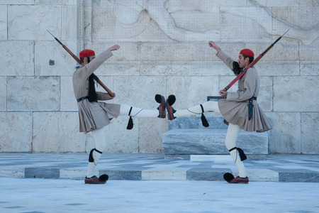 tsolias: Greek Guards at the Parliament - Evzones - Tsolias