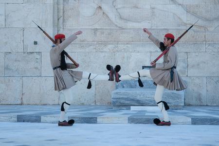 tsolias: Greek Guards at the Parliament - Evzones - Tsolias