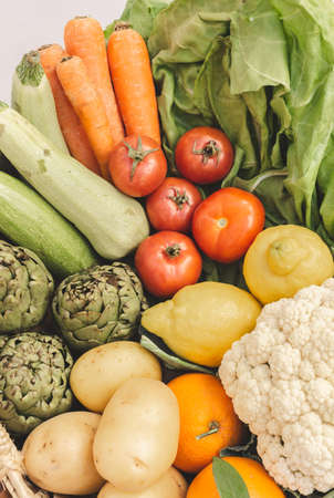 Closeup photo of different fresh vegetables 版權商用圖片 - 166849840