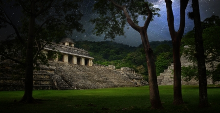 tulum: Starry sky over the ruins and pyramids in the ancient city of Palenque, Mexico Stock Photo