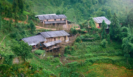 Highland Village in difficult to access areas of North Vietnam on the border with China. Banco de Imagens