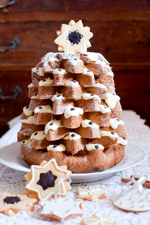 Christmas Tree Pandoro (pan D'oro) Is A Traditional Italian Sweet ...