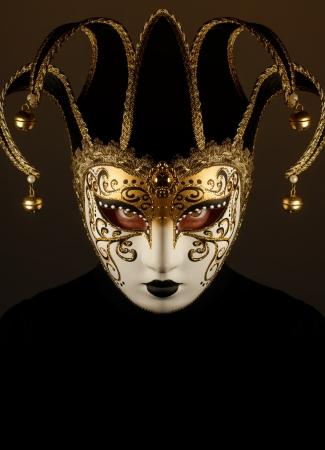 masque de venise: portrait avec un masque de Venise