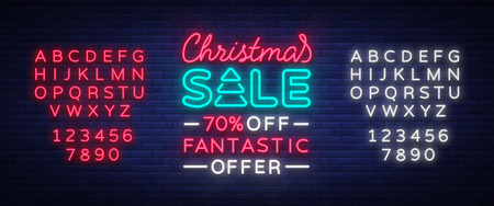 Kerstkaart verkoopsjabloon in neon stijl, geïsoleerde vectorillustratie. Heldere kerstaanbiedingen voor winkels. Vakantie kortingen verkoop, broche, gloeiende neonreclame. Tekst neonreclame bewerken