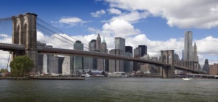 New York, Brooklyn Bridge and Lower Manhattan.