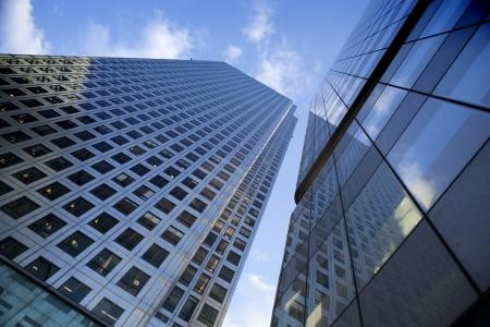rascacielos: Rascacielos en Canary Whorf. Foto de archivo