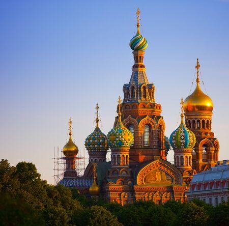 Die Kirche der Auferstehung von Jesus Christus in Sankt Petersburg in Russland auch als Erlöser-auf-dem-Blut bekannt.
