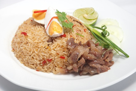 Rice with shrimp paste with sweet pork