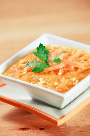 Dikke, rijke en verse wortel en gember soep Stockfoto