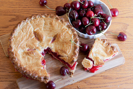 Country Style Cherry Pie - Sliced