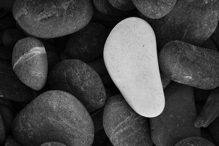 standout: White Pebble Stone