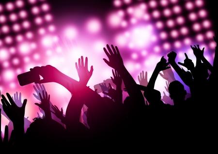 concierto de rock: Una gran multitud emocionada en un concierto.
