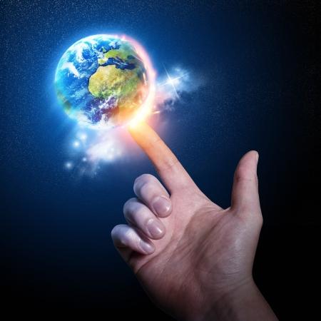 마법의: 당신의 손가락에 세계. 개념 phorography.