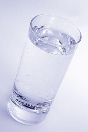 acqua di seltz: Un bicchiere con acqua fresca soda Archivio Fotografico