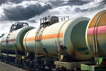 heavy fuel: Set of tanks with oil and fuel transport by rail