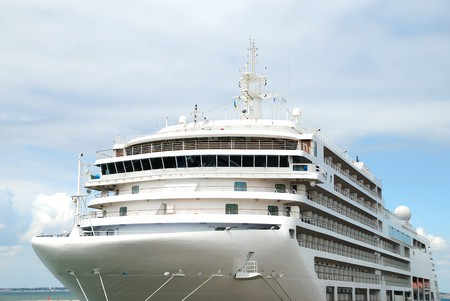 expects: The passenger ship expects passengers in port