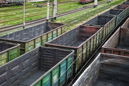 substructure: Empty railway cars for various crumbly cargoes