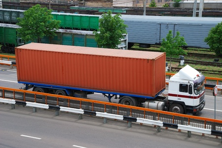 goods train: Transportation of cargoes by lorry and railroad