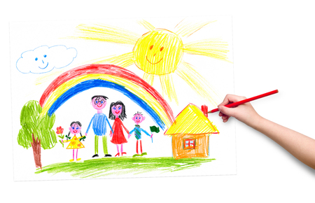 La mano del niño con la imagen de dibujo a lápiz Foto de archivo - 44707046