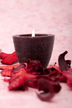 Spa candle with potpourri