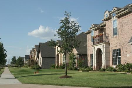 Enkele familie huizen in de buurt Stockfoto