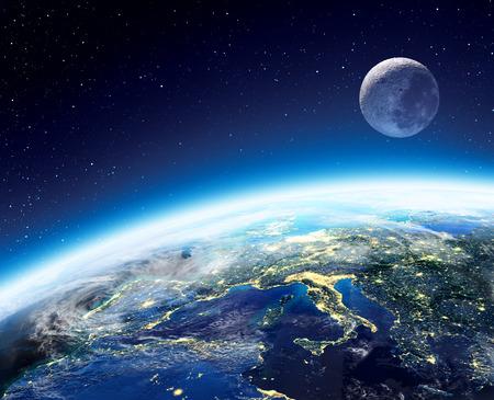 Aarde en maan uitzicht vanuit de ruimte 's nachts - Europe