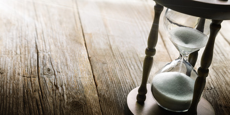 reloj de arena: concepto de tiempo
