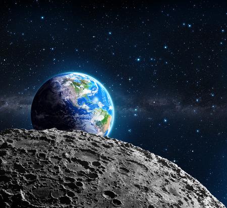 Vistas de la Tierra desde la superficie de la luna - Estados Unidos y la galaxia Foto de archivo