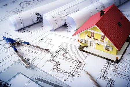 huis op blauwdrukken woonproject Stockfoto
