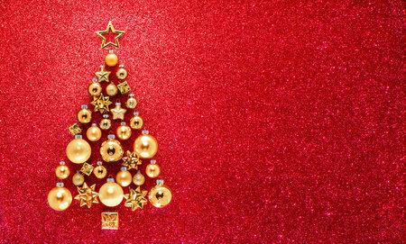 christmas red: Glitter And Baubles On Christmas Tree Stock Photo