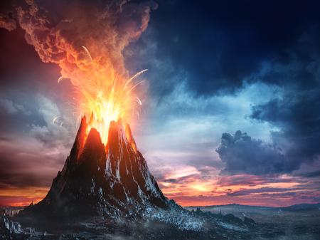 Dans l'éruption volcanique de montagne Banque d'images - 76563878