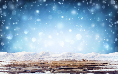 Winter Background - Snowy Table In The Night Archivio Fotografico - 112658720