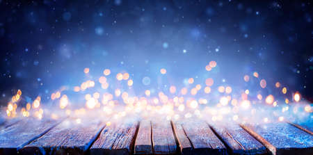 Snowy Wooden Table With Defocused Lights - Abstract Christmas Background Stok Fotoğraf