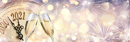 Abstract Defocused New Year 2021 - Countdown And Toast With Champagne And Clock