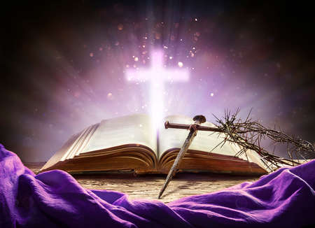 Passion And Resurrection Concept - Holy Bible And Calvary Symbols Stok Fotoğraf