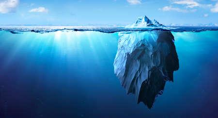 Iceberg - Underwater Risk - Global Warming Concept - 3d Rendering Banque d'images
