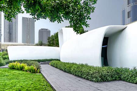 Dubaï, Émirats arabes unis - 15 juin 2018 : Le premier bâtiment imprimé en 3D entièrement fonctionnel au monde dans des pelouses vertes Éditoriale
