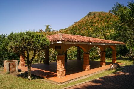 ecologic: Terrace 1 in the public ecologic park las penas