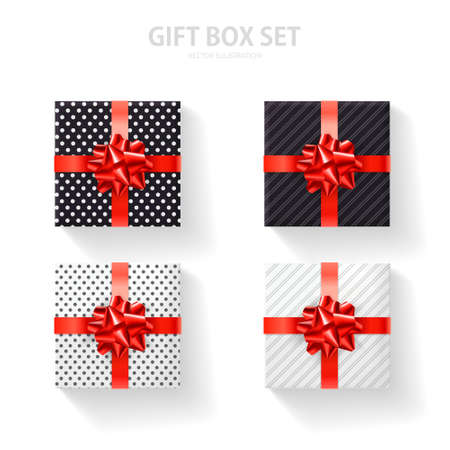 Set of gift box with a gold bow on a white background. Realistic top view. 免版税图像 - 154732743