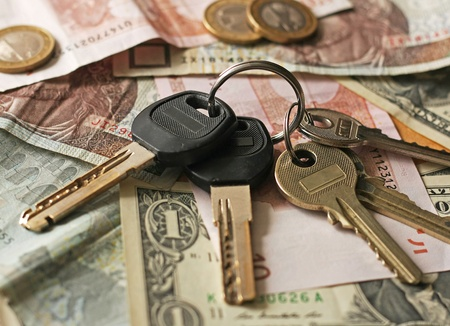 property management: Keys and money