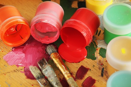 Color paints with brushes