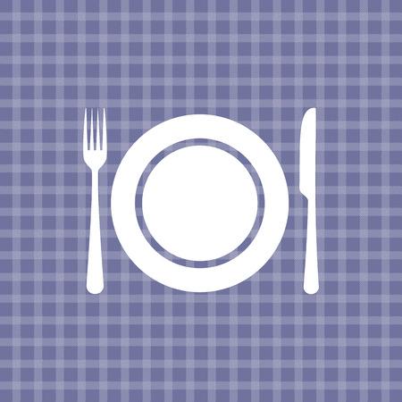 coltello piatto e forchetta sulla viola picnic tovaglia a scacchi
